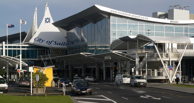 Auckland Airport selects ADVAM to provide contactless payments