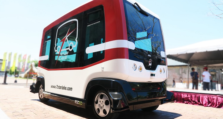 EasyMile's EZ10 electric driverless shuttle launches in Kaohsiung city