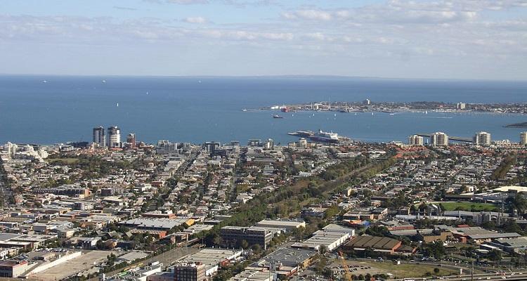 Port Phillip announces plans to install parking sensors